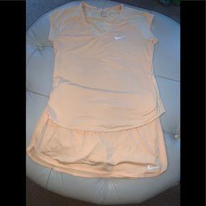 Dresses & Skirts - EUC Nike Tennis skirt/top wms medium